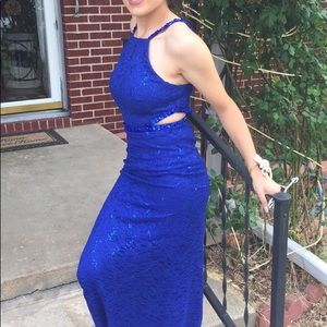 Dresses & Skirts - Royal blue prom dress size 5 only worn once